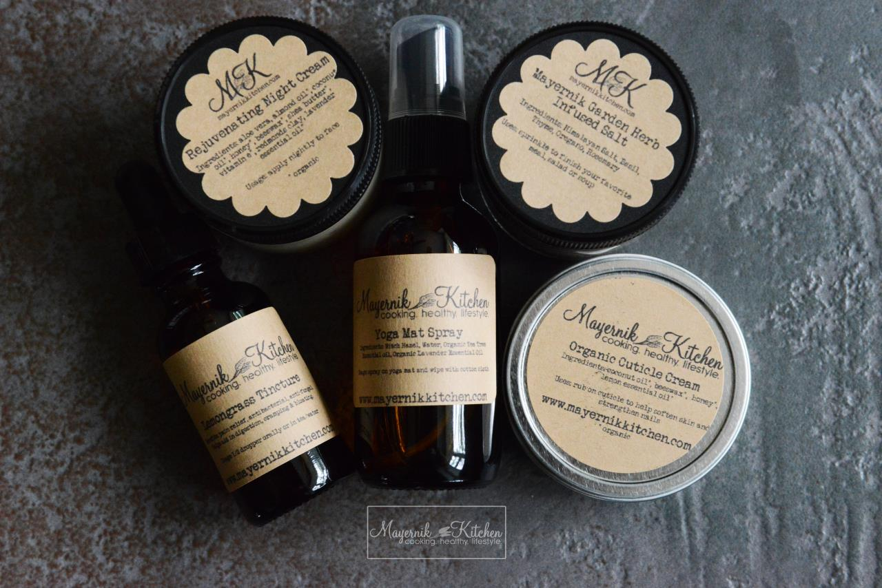 August Out of the Woods Apothecary Box - Mayernik Kitchen #mayernikkitchen