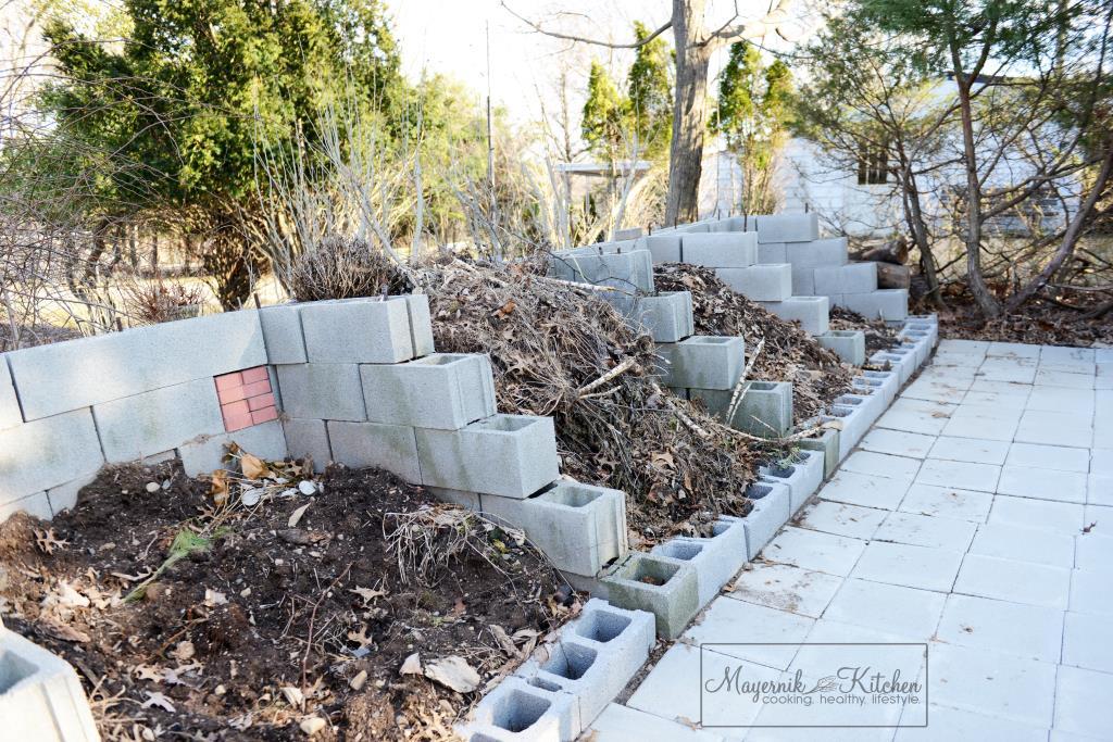 Homemade Compost Bin - Mayernik Garden