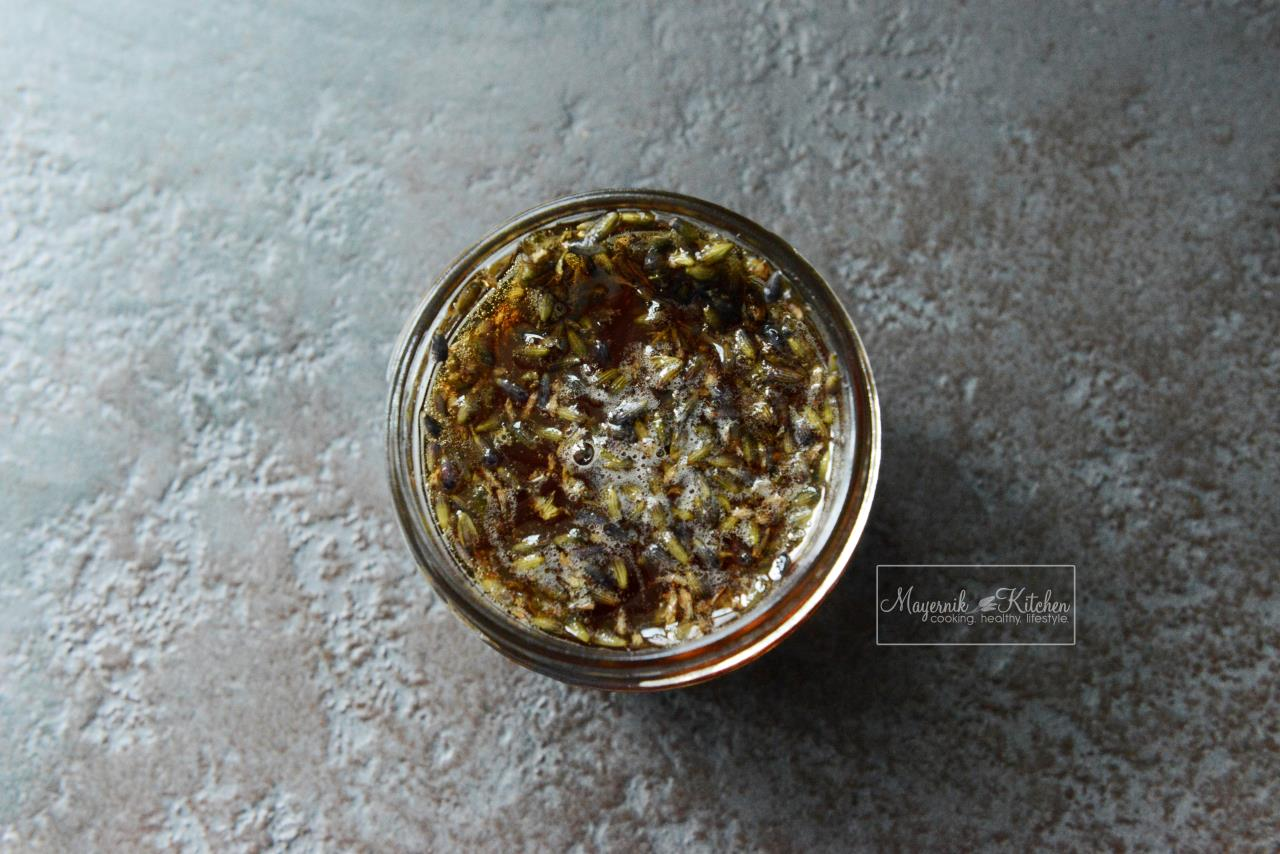 Homemade Lavender Infused Honey - Mayernik Kitchen